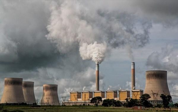 """Ci giochiamo la cultura della """"transizione ecologica"""" con l'aumento delle bollette?"""