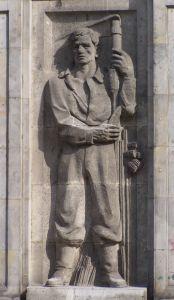 anti capitalist statue