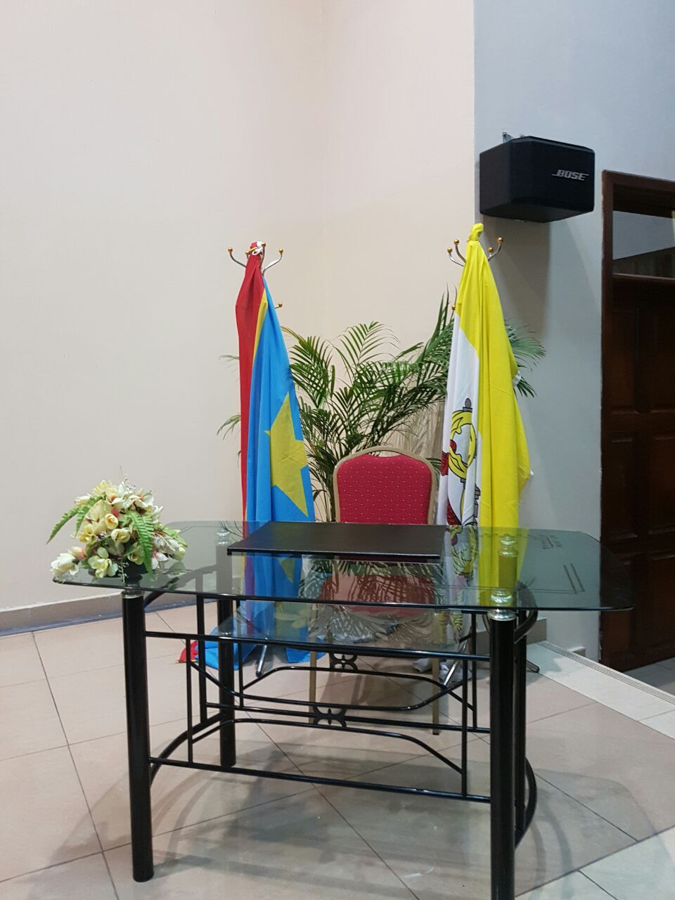 """Stève Mbikayi: """"En écartant la politique de la chaise vide, nous avons fait appliquer l'accord de la Saint Sylvestre"""""""