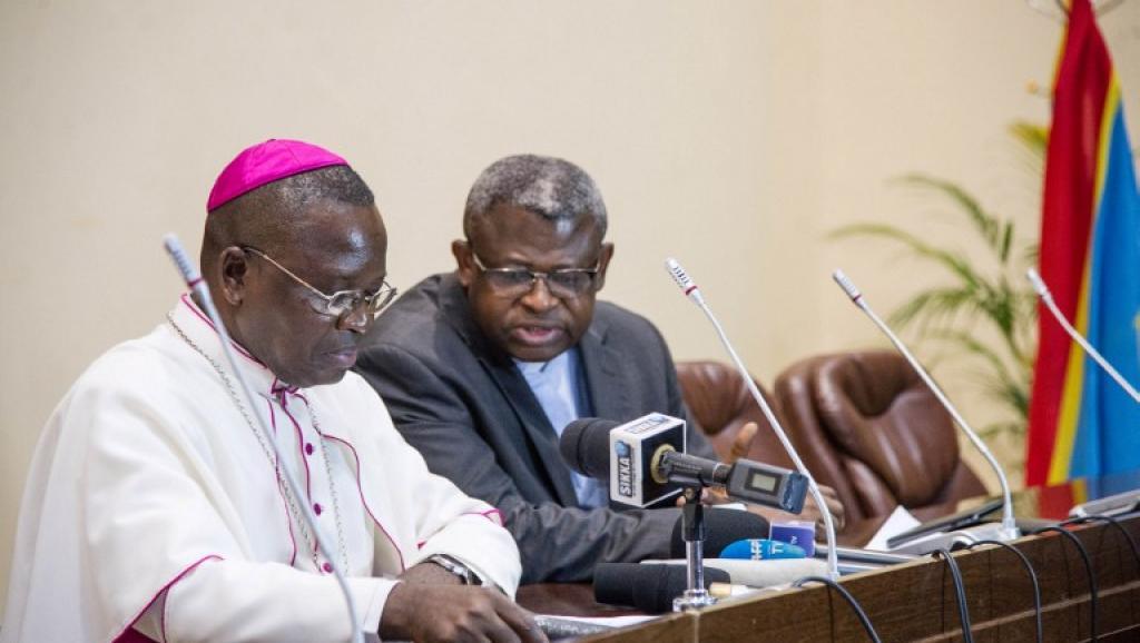 """L'Eglise catholique défend son droit de """"prendreposition en matière politique"""""""