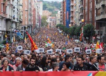 De Catalogne au Congo: la rue ne tue pas!