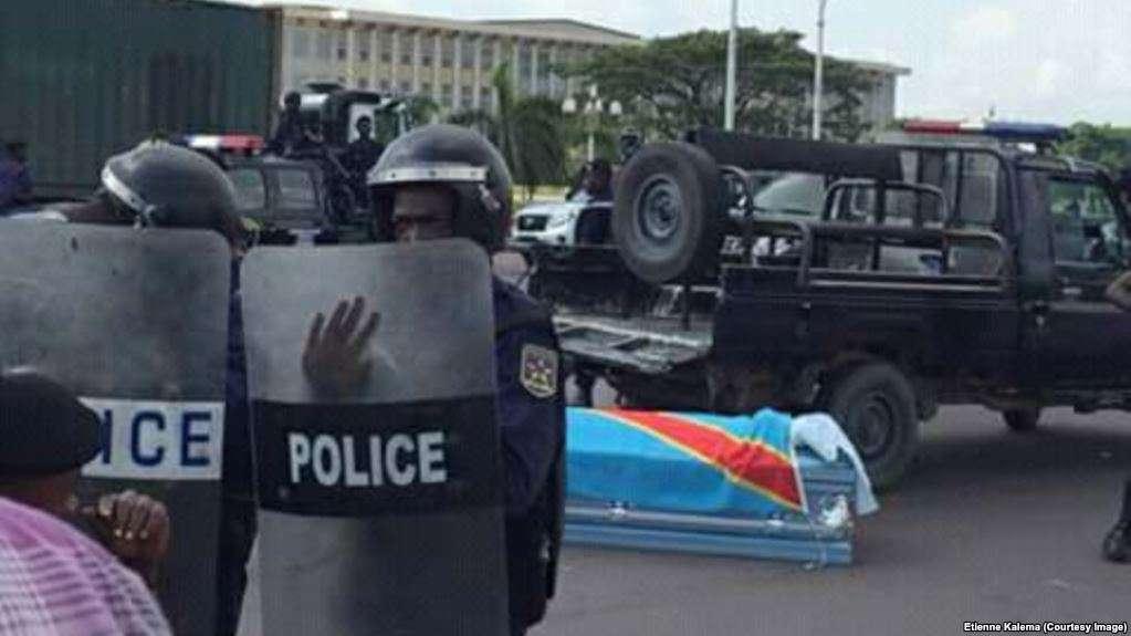 RDC: Un lien entre la mort du père de Rosy Mukendi et celle de son fils ?