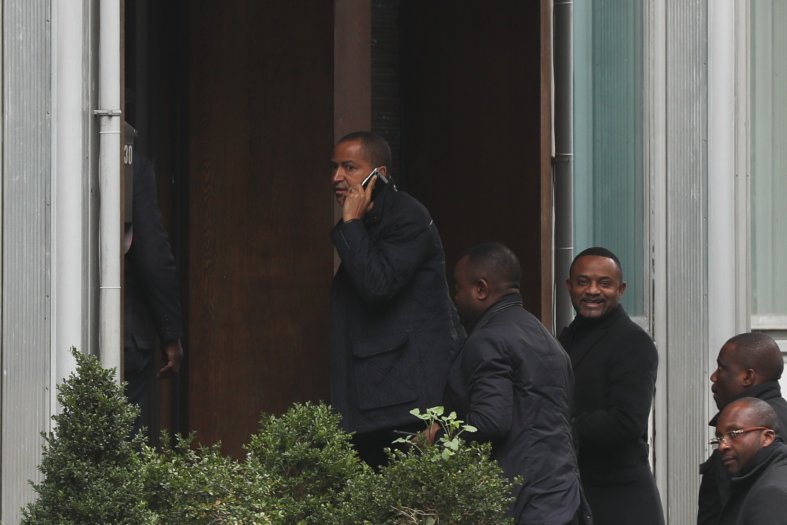 Arrêté avec un passeport jugé falsifié, Moïse Katumbi accuse Kabila — Belgique
