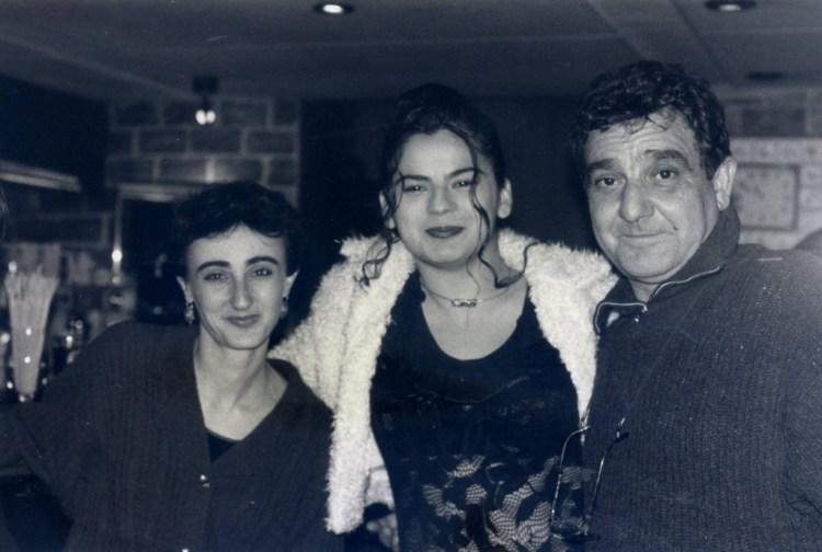 Η Κλαίρη ,η Μόρφω και ο Νικηφόρος πριν από πολλά χρόνια .