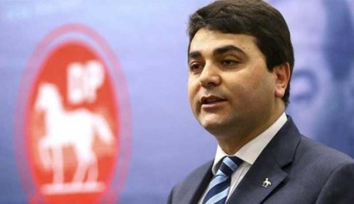 Gültekin Uysal da muhalefetin '128 milyar dolar' zincirine katıldı