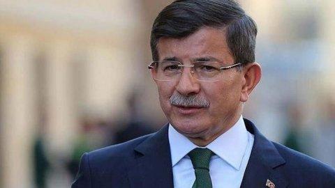 """Davutoğlu'ndan bayram mesajı: """"Bayram yeni ümitlerin, başlangıçların adıdır"""""""