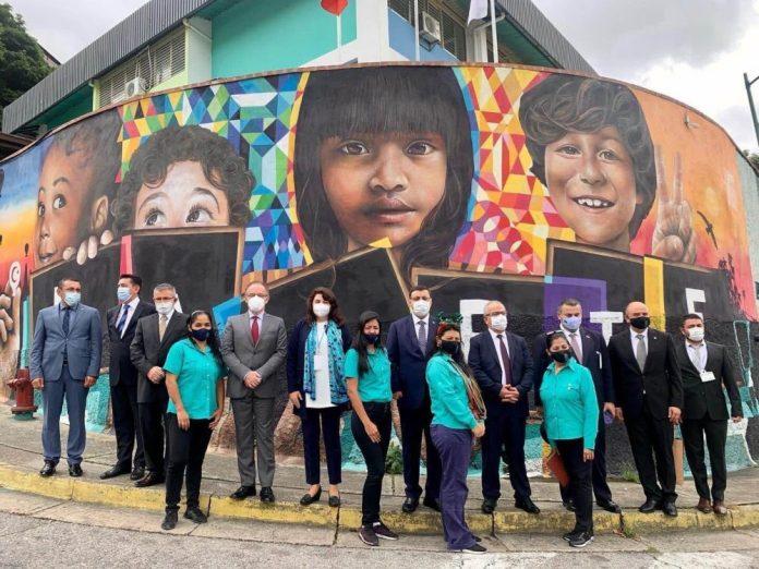 Binali Yıldırım'ın oğlu Erkan Yıldırım'ın Venezuela'daki fotoğrafları ortaya çıktı