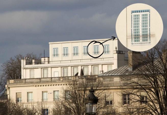 154412-structure-toit-ambassade-etats-unis-paris-22-fevrier-2015.jpg