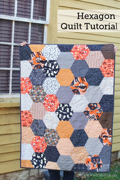30 Colorful Hexagon Projects to Sew featured by top US sewing blog, Flamingo Toes: Hexagon Quilt Tutorial