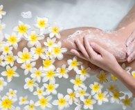 Szorstka skóra na nogach – co robić, jak zapobiegać?