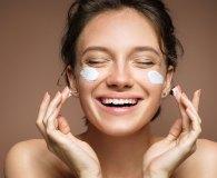 Jędrna skóra – jak osiągnąć elastyczną i gładką skórę?