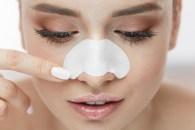 Zaskórniki - jak się pozbyć czarnych kropek na nosie i brodzie?