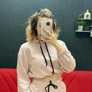 Felpa crop rosa