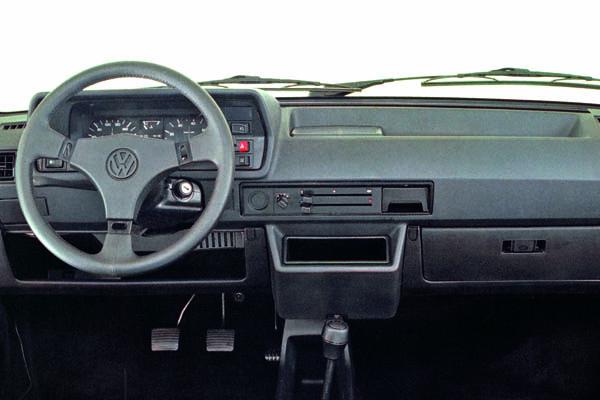 1984 Volkswagen Polo LX interior