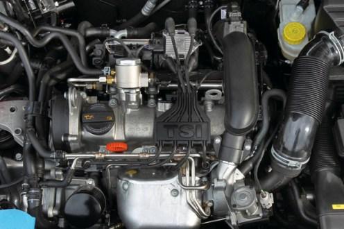 2010 Volkswagen CrossPolo TSI engine