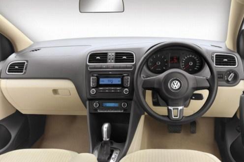 2010 Volkswagen Vento interior