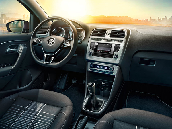 2014 Volkswagen Polo Lounge