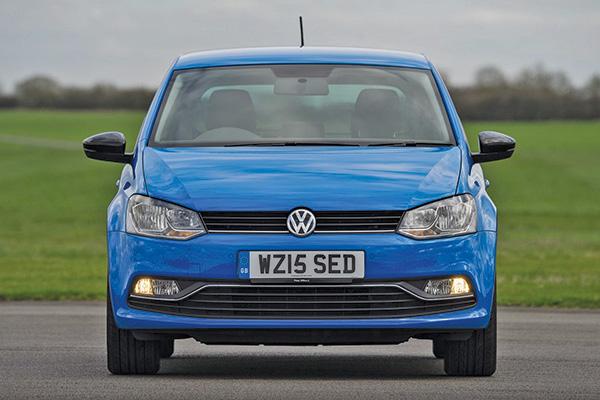 2015 Volkswagen Polo (UK)