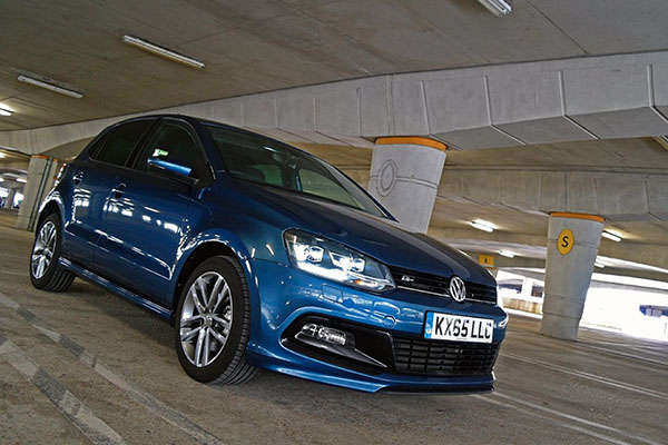 2016 Volkswagen Polo R-Line (UK)