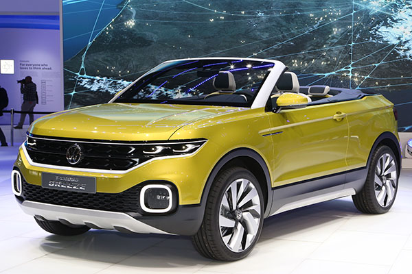 polo sized volkswagen t cross breeze suv unveiled at 2016 geneva motor show polodriver. Black Bedroom Furniture Sets. Home Design Ideas