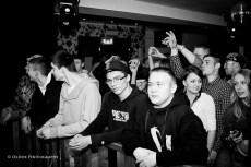 ostra impreza w Peterborough