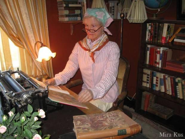 Figura Astrid Lindgren w Muzeum Pippi Langstrumpf na Gotlandii