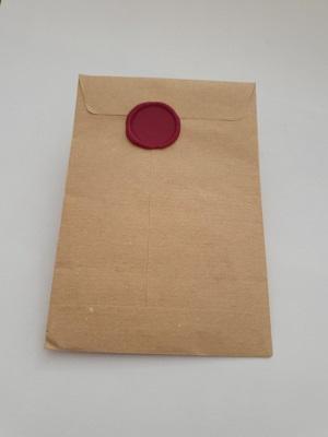 Sobre Lacrado para regalo de papel reciclado