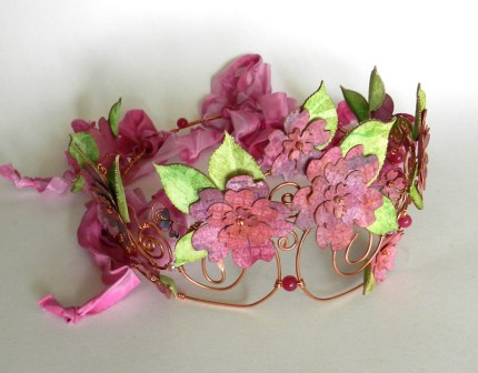 crown-pinkflowers-2
