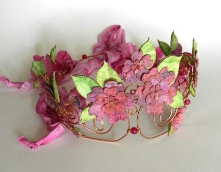 crown-pinkflowers-2