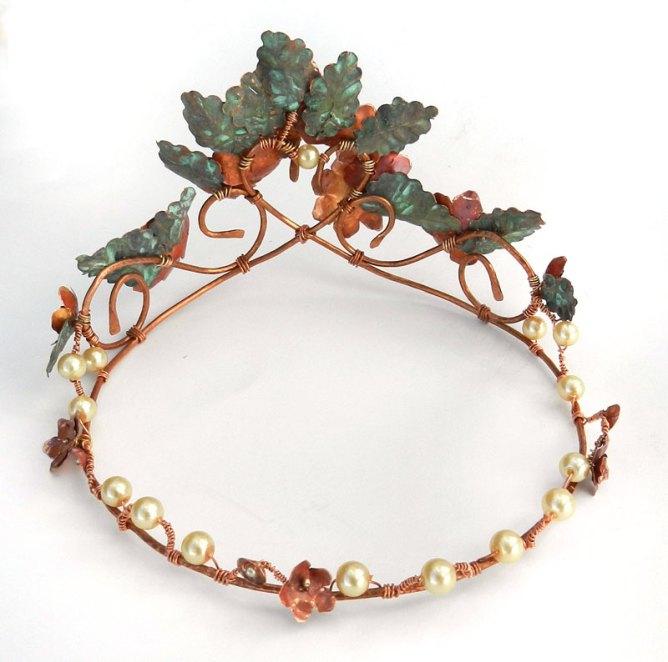 summer-crown-back