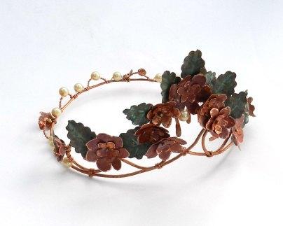 summer-crown-side