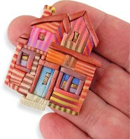 Chris Baird shows gratitude for home in brooches on PolymerClayDaily