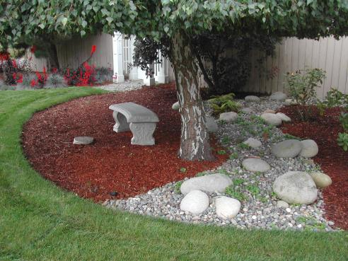 Mulch and Stone Tree Landscaping