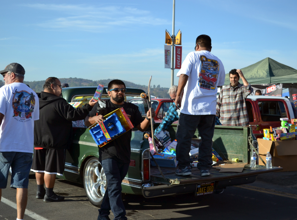 C10 Club Collecting Toys