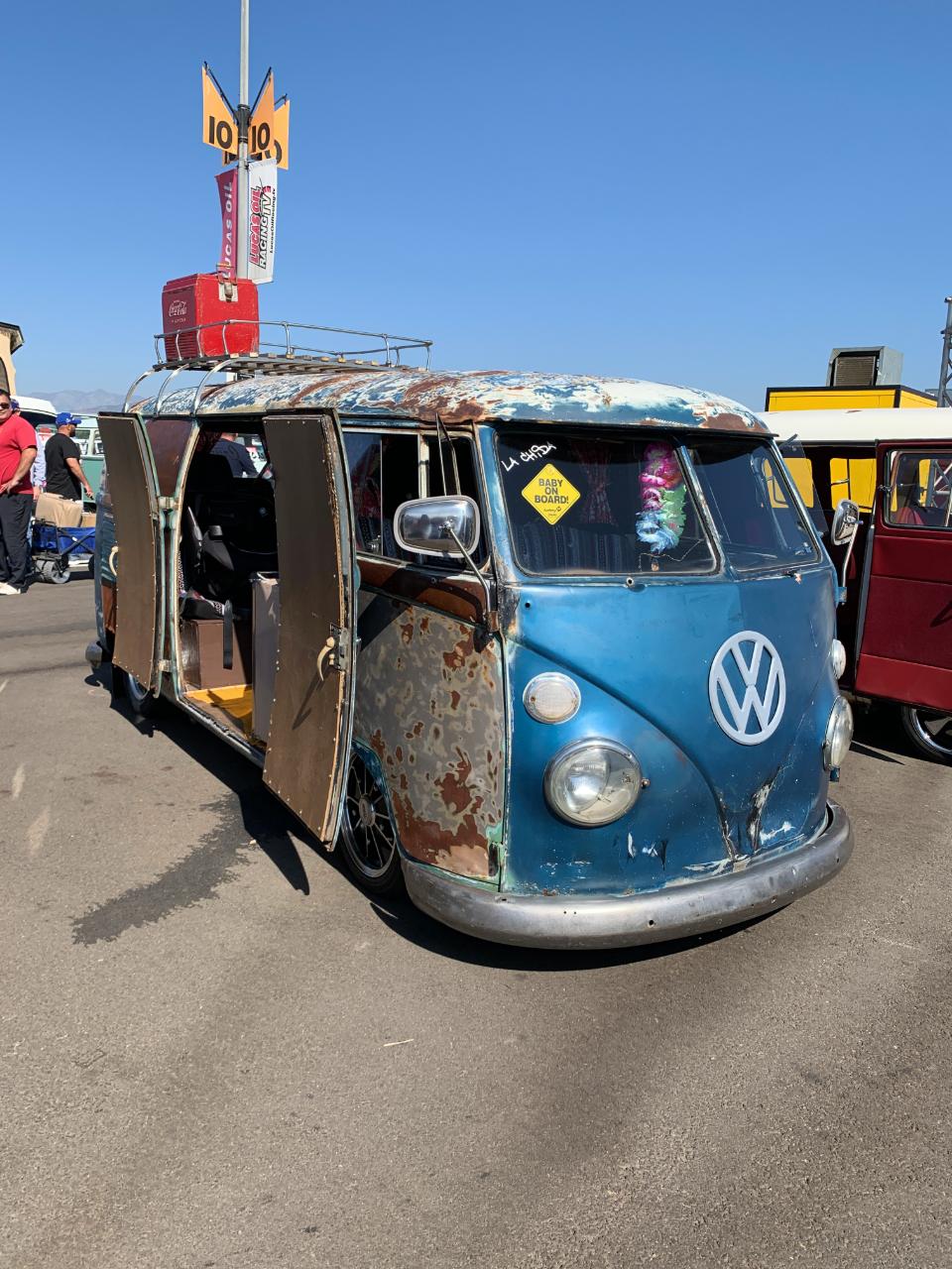 1963 VW Barndoor Bus