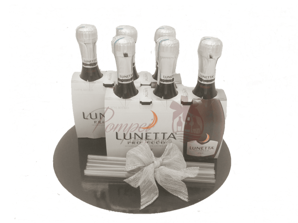 Girls Night In Prosecco Gift Set, mini champagne gift set, 187ml champagne gift basket, mini champagne gift basket, lunetta prosecco gift basket, lunetta prosecco gift basket