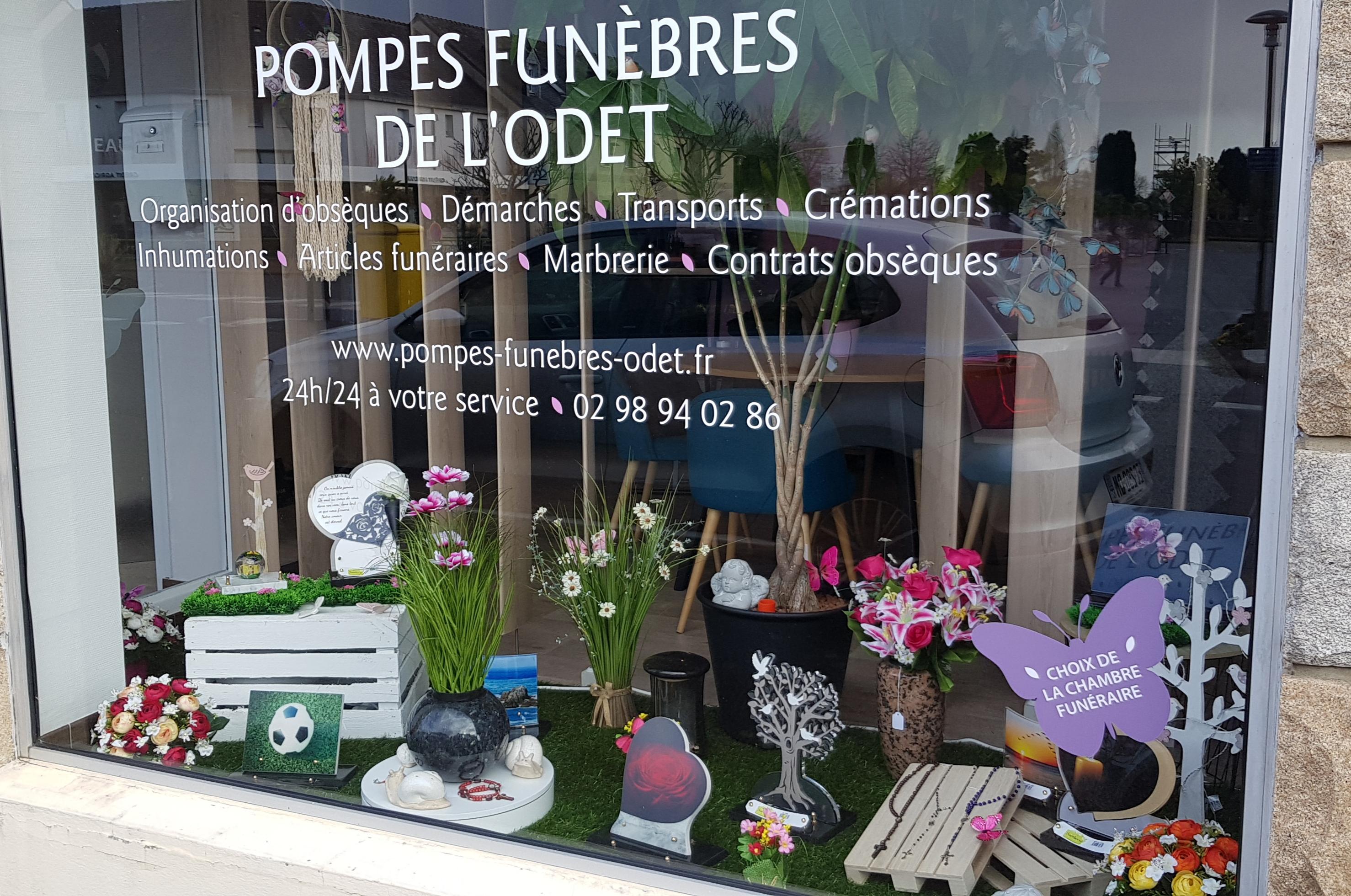 vitrine des pompes funèbres de l'Odet printemps 2019