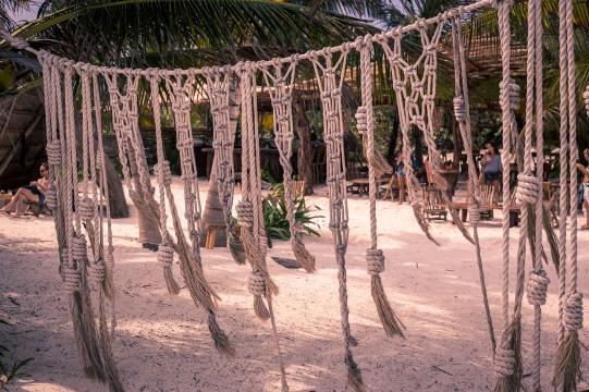 tulum_playa_pescadores_rope