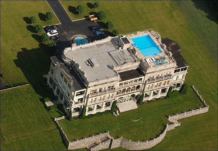 As summer comes to a close: Lake Geneva's Stone Manor