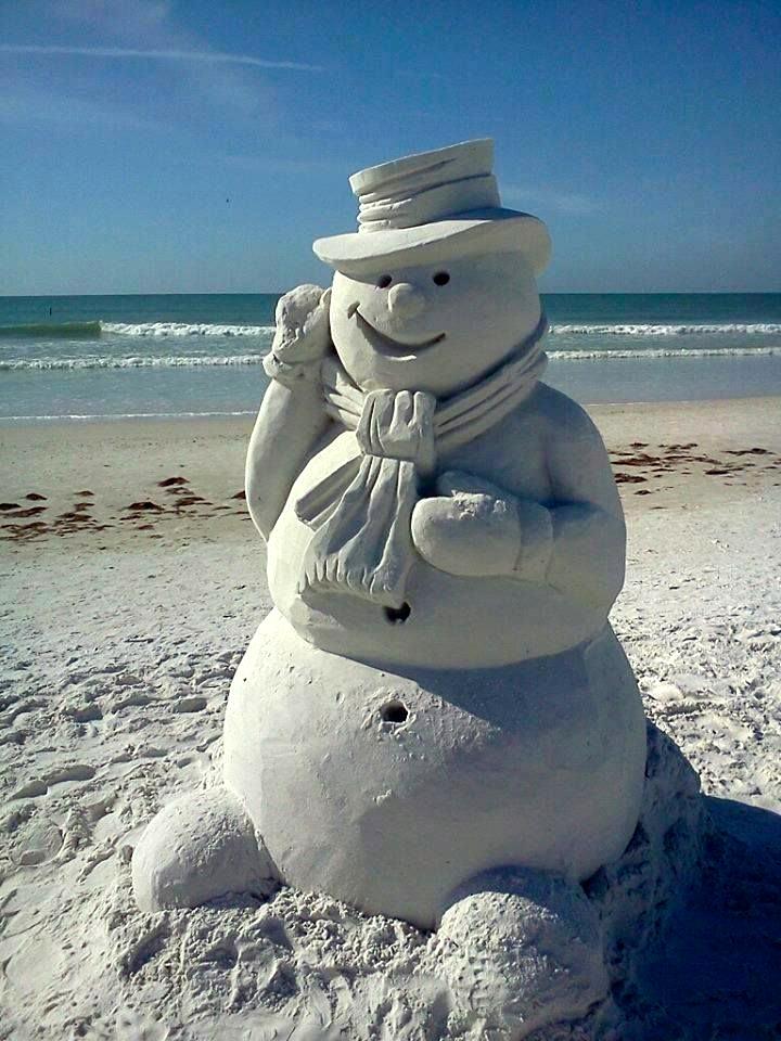 Parents Creatively Teaching Kids About Art: Sand sculpture art