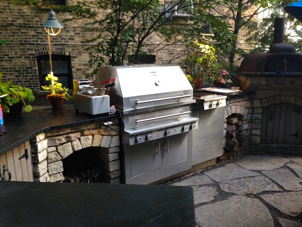 Rick Bayless' to-die-for outdoor kitchen