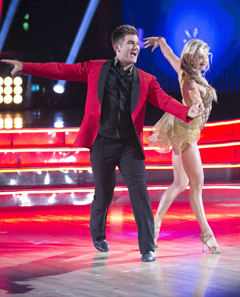 Dishing on Dancing with the Stars: Train hero, straighten those toes!