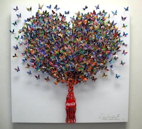 Coca Cola  Open Happiness  600x547 Unbelievable Metal Sculptures by David Kracov