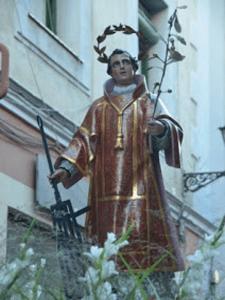San Lorenzo, uno de los 7 diáconos de Roma, donde fue martirizado en una parrilla el 10 de agosto de 258