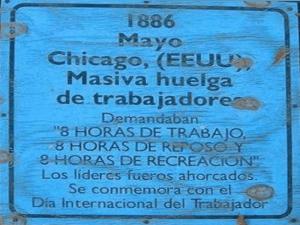 1 de mayo de 1886 | Chicago - EE. UU. | Masiva huelga de trabajadores | Demandaban la jornada de 8 horas de trabajo | Los líderes fueron ahorcados | 'Día Internacional del Trabajador'