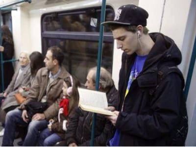 La Noche de los Libros 2016 | Comunidad de Madrid | Viernes 22 de abril de 2016 | 'Booktasting', cata de libros en el Metro de Madrid