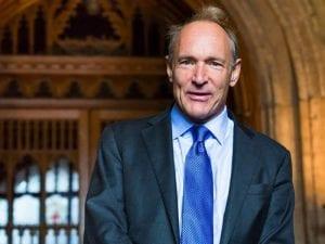 Sir Tim Berners-Lee   Diseñador y desarrollador de la primera página web   Director de la Fundación World Wide Web