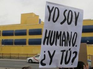 ¿Yo soy humano y tú?   Por el cierre de los Centros de Internamiento de Emigrantes (CIEs)   Ahora Madrid