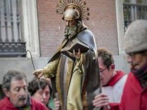 Imagen de San Antón durante las 'Vueltas de San Antón'   Fiestas de San Antón 2017   Barrio de Chueca   Madrid   17/01/2017