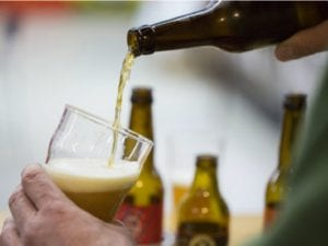 Artesana Week Lavapiés   3ª Feria de la Cerveza Artesana de Lavapiés   Del 17 al 23 de abril de 2017   Lavapiés - Centro - Madrid   Crecimiento sectorial del 1.600 x 100